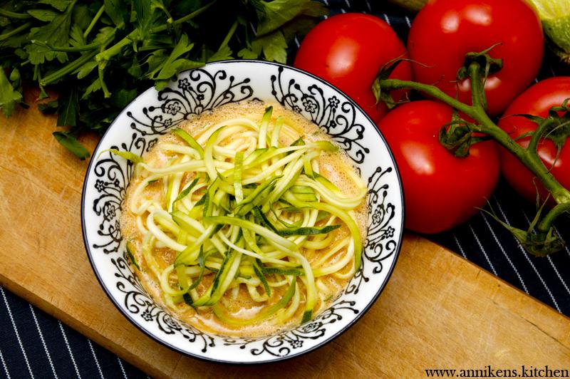 zucchini-gazpacho-pastasoup
