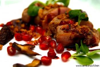 Andebryst med rødvins- og appelsinglaze og duck skin crumble