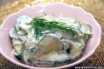 Agurksalat med gresk yoghurt