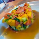 Laksetartar med mango og koriander